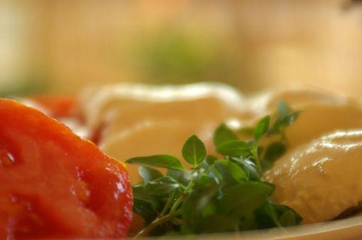 Ντομάτα, βασιλικός και μοτσαρέλα…